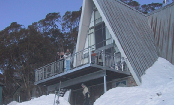 Alpha Ski Lodge - Falls Creek - Snow Accommodation - Snow Reservations Centre