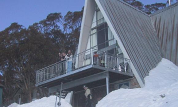 Alpha Ski Lodge - Falls Creek - Snow Accommodation - Snow Reservations Centre