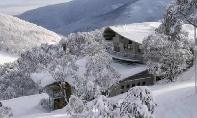 Astra Alpine Lodge - Falls Creek - Snow Accommodation - Snow Reservations Centre