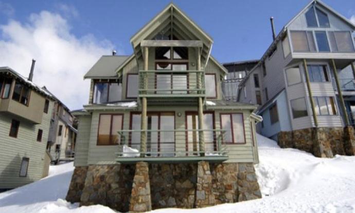 Dingo Joes - Mt Hotham - Snow Accommodation - Snow Reservations Centre