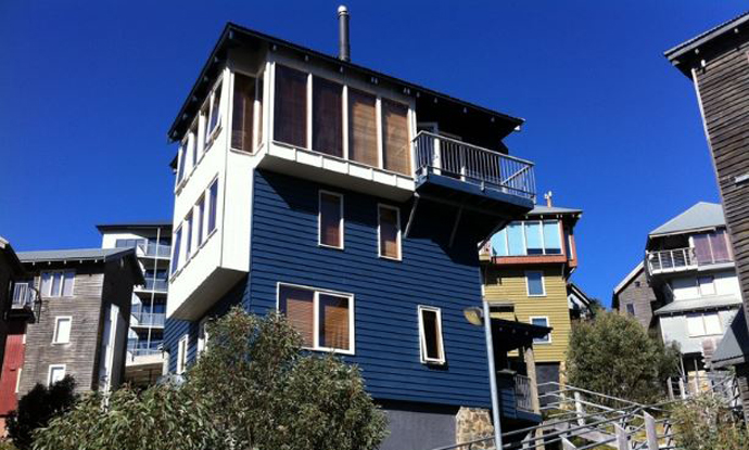 Double Black - Hotham - Snow Accommodation - Snow Reservations Centre